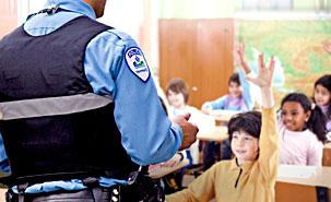 Les policiers font de la prévention dans nos écoles !